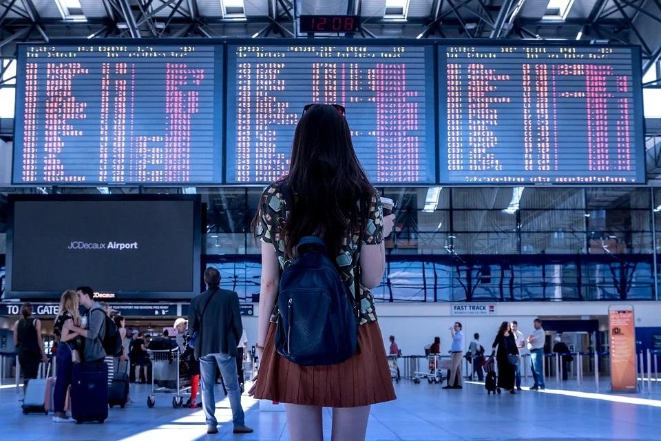 Green pass Covid-19 italiano ed europeo per turismo e viaggi liberi